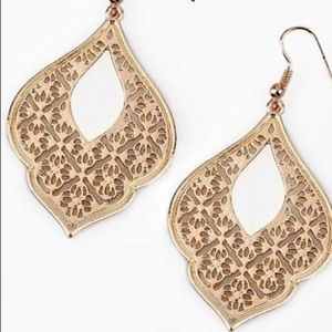 Paparazzi Earrings Rose Gold
